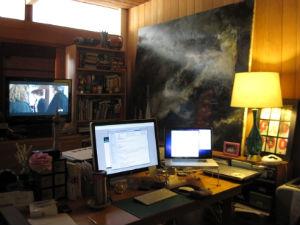 desk.jpg.jpg