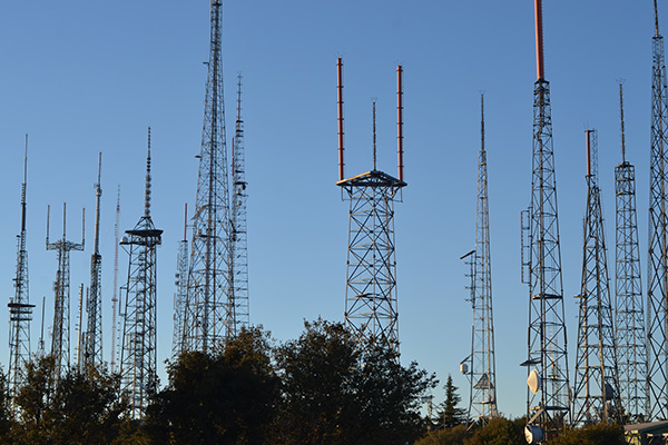 The forest of television and radio broadcast antennae atop Mount Wilson. | Photo: Elson Trinidad