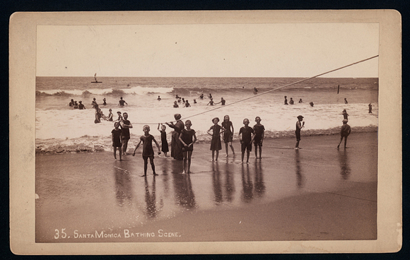 Santa_Monica_Bathing_scene-thumb-580x368-89078