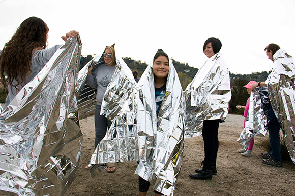 Participants and their thermal blankets | Photo: Carren Jao