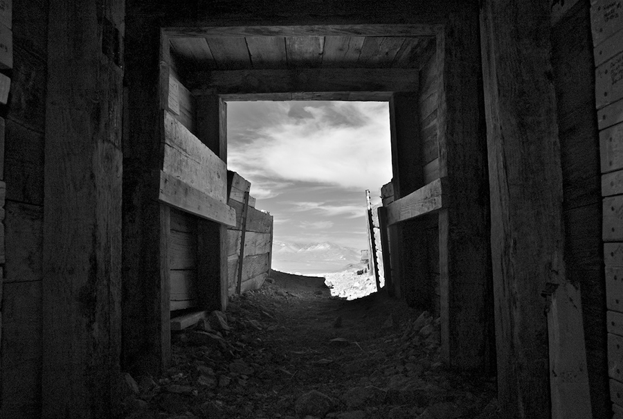Entrance to 'Burro' Schmidt Tunnel, Infrared Exposure, 2011 | Photo: Osceola Refetoff