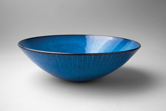 "Bowl, 1994. Glazed, cone 5 stoneware with sgraffito lines, 3 1/2"" x 10 ½. Collection of the Artist 
