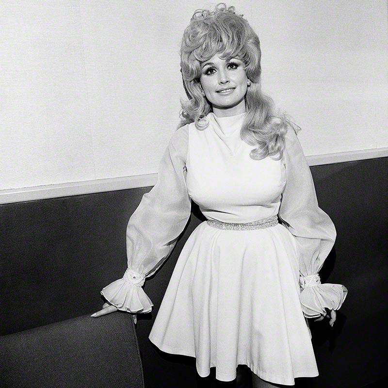 Dolly Parton, Symphony Hall, Boston, MA, 1972 © Henry Horenstein