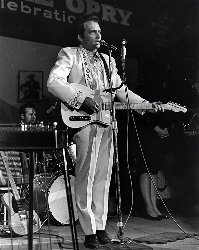 Merle Haggard performing on the Grand Ole Opry, 1967 © Les Leverett