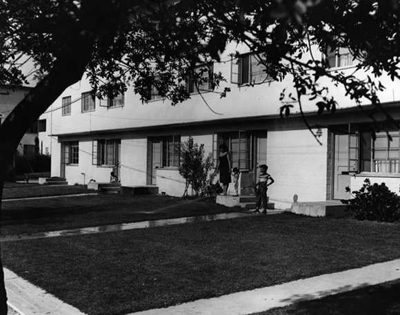 Exterior view of Aliso Village | Courtesy of the Los Angeles Public Library