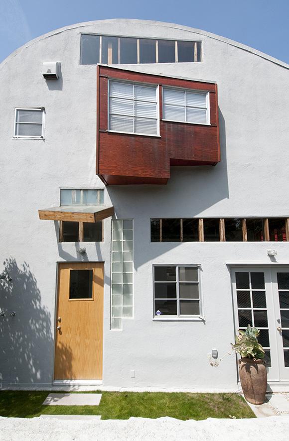 Caplin House | Photo: Larry Underhill.