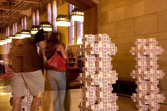 Mosely Snowflake Fractal at the USC Libraries | Photo: Paula Goldman.