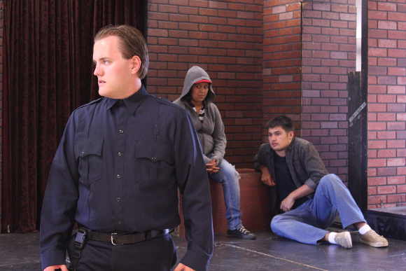 Charlie Strickland, Araceli Gonzàlez and Joseph Poole in rehearsal.
