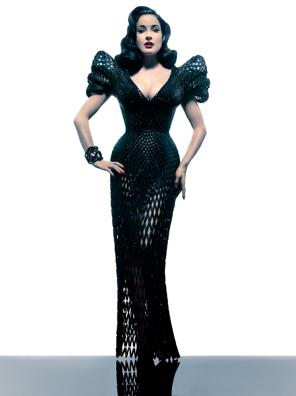 Dita Von Teese in 3D-printed Michael Schmidt gown. | Photo: Albert Sanchez.