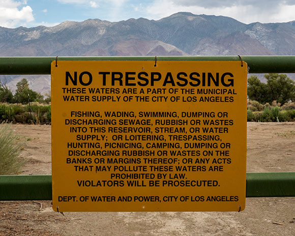 No Tresspassing, LA Aqueduct, Owens Valley (2012) |  Kim Stringfellow<br />