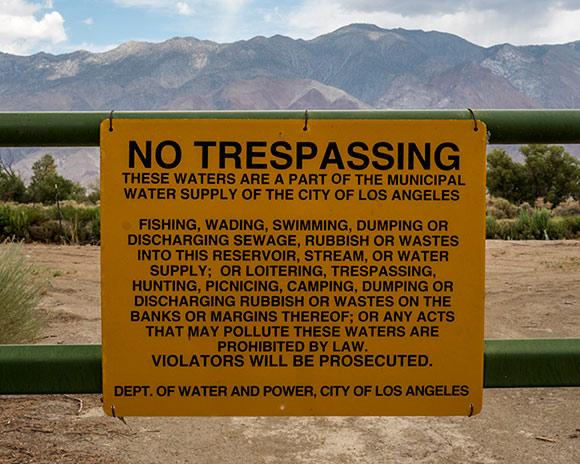 No Tresspassing, LA Aqueduct, Owens Valley (2012) |  Kim Stringfellow<br />