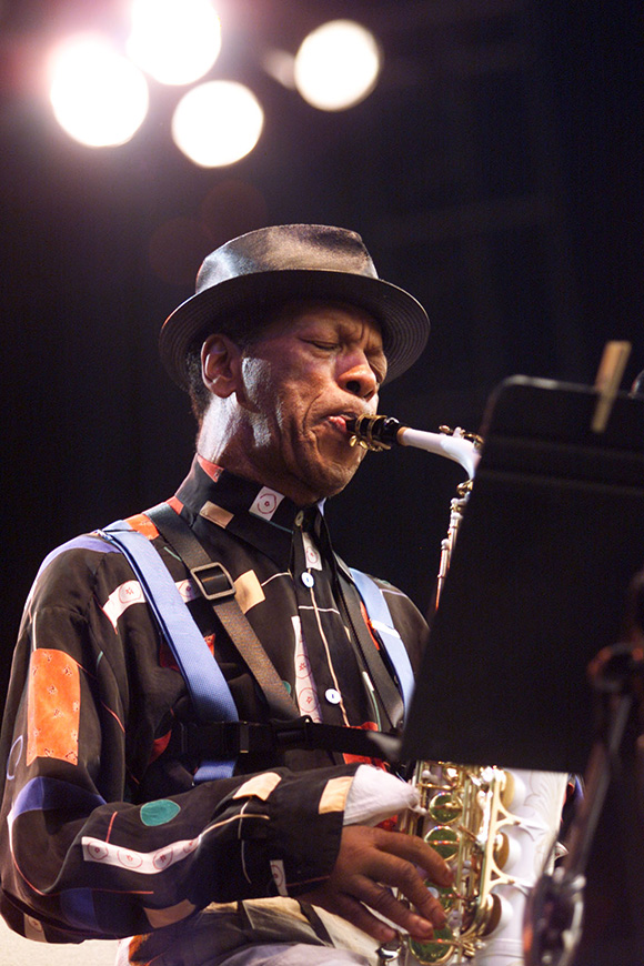 Ornette Coleman performs at The Bell Atlanic Jazz Festival in Battery Park on lower Manhattan, New York June 1, 2000. | (Photo Scott Gries/ImageDirect).