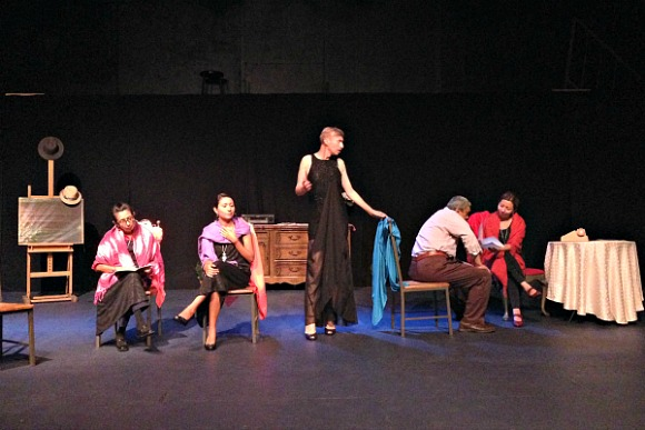 The play opens with the entire cast on stage, including all versions of Ana, Elvira Rios, and Alfredo.