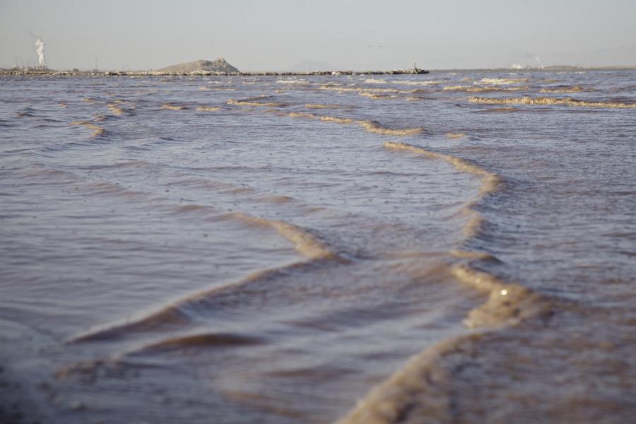"""Waves Off Red Hill Marina."" Salton Sea, CA. 2014. | Photo: Osceola Refetoff."