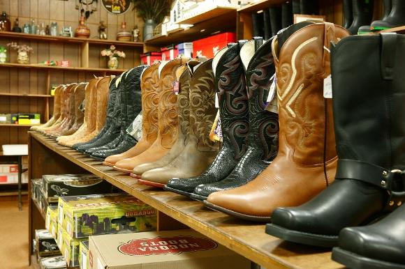 Gordon's Boots | Daniel Huber