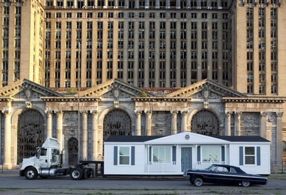 "Mike Kelley's ""Mobile Homestead"" 
