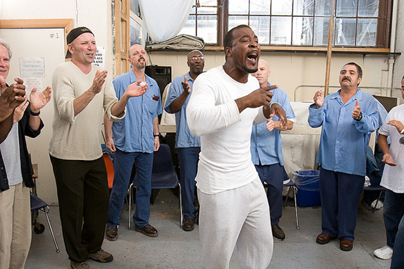 Improv singing class, San Quentin State Prison. | Photo: Peter Merts