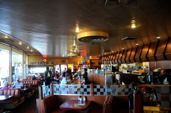 Inside Bob's Big Boy