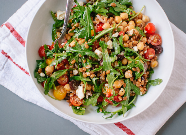 kcet-arugula-farro-chickpea-salad-4