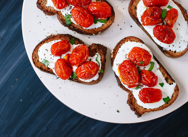 kcet-roasted-tomato-bruschetta