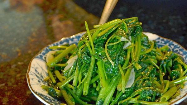 Water spinach | Clarissa Wei