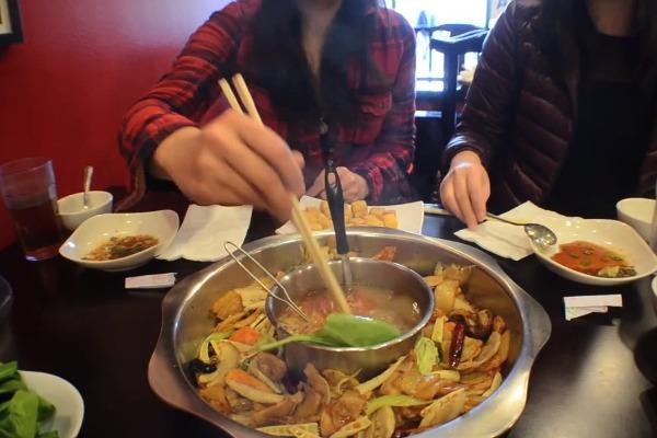 Duo pot | Photo by Clarissa Wei