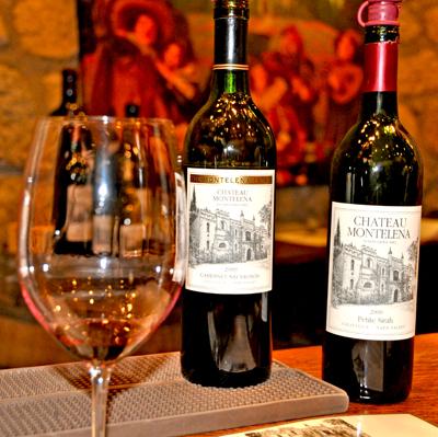 montelena-bottles