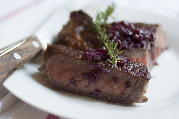 steak-with-red-wine-small
