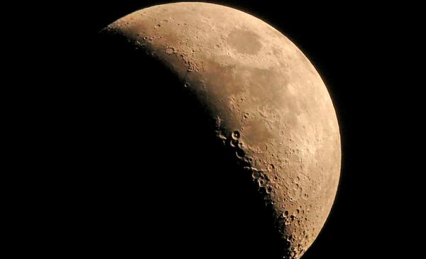 moon-10-28-13-thumb-600x365-62645