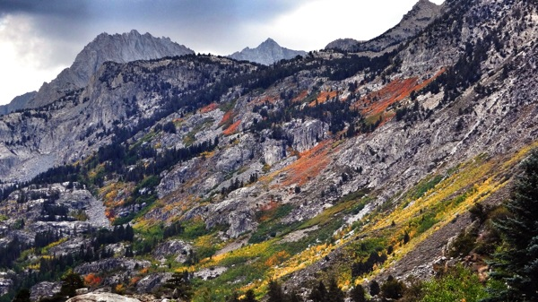 Hints of color above Lake Sabrina. | Photo: Zach Behrens/KCET
