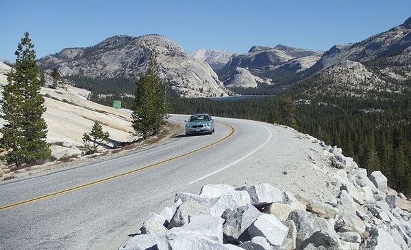 tioga-pass-road-opening-2013