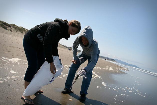 beach-cleanup-9-17-15-thumb-630x420-97396