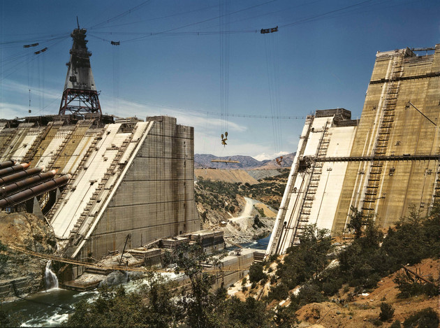 Shasta_dam_under_construction_edit-thumb-630x469-94521
