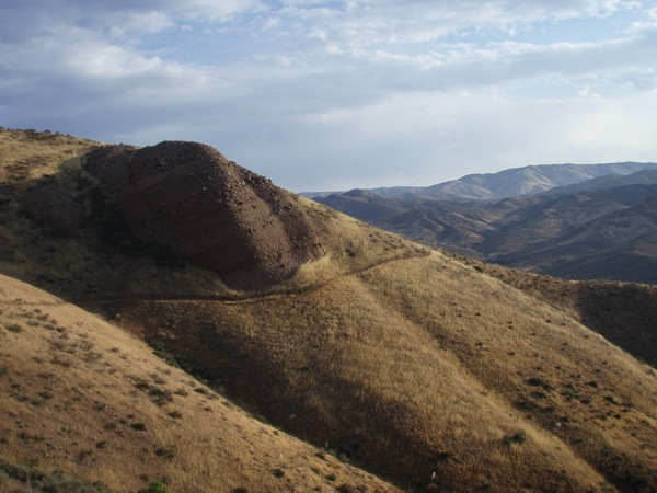 The Pacific Crest Trail, seen here in the hills between the San Gabriel and Sierra Pelona mountains, runs near the wildlife corridor in Agua Dulce.