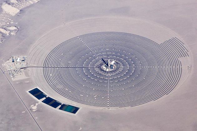 crescent-dunes-solar-2-18-15-thumb-630x419-88272