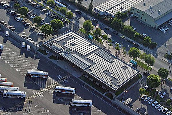 LA-Metro-solar-rooftop-7-18-12-thumb-600x400-32630
