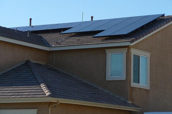 Lancaster-solar-rooftop-7-12-12-thumb-600x400-32253