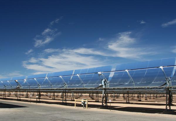 NextEra-Parabolic-trough-solar-8-8-12-thumb-600x415-33864