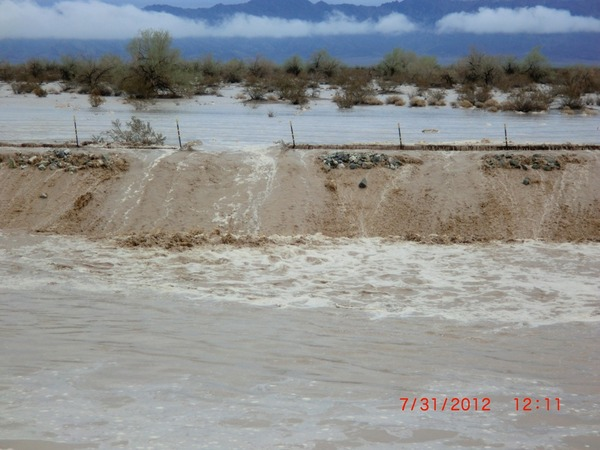 sheet-flood-genesis-8-14-12-thumb-600x450-34181