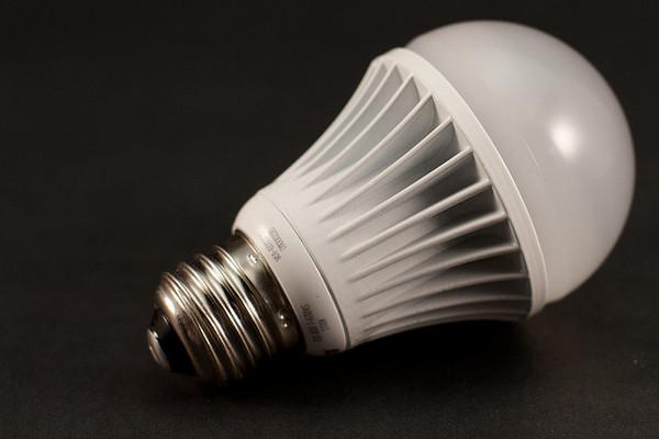 LED-bulb-9-6-12-thumb-600x400-35621