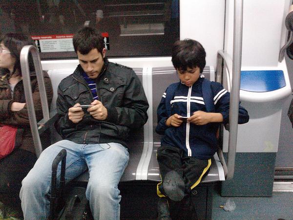 iphones-2-11-13-thumb-600x450-45186
