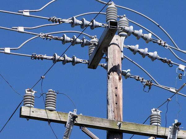 power-lines-8-16-13-thumb-600x450-58130