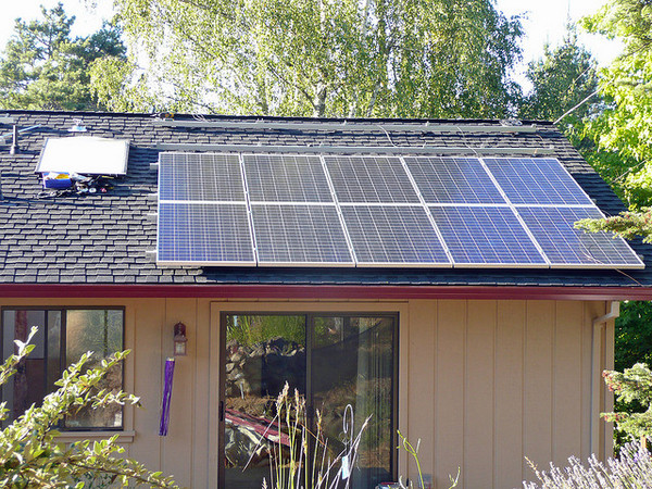 residential-roooftop-solar-5-30-14-thumb-600x450-74845
