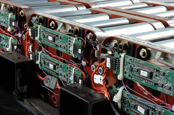 li-ion-battery-storage-9-25-14-thumb-600x397-81297