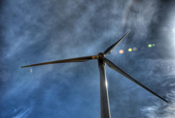 taller-wind-turbines-9-18-14-thumb-600x405-80923