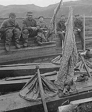 Aleut_Sea_otter_hunters_1896