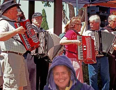 huell-accordion.jpg