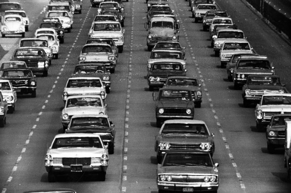 Heavy traffic on the Santa Monica Freeway in 1970, four years after its opening. Courtesy of the Photo Collection, Los Angeles Public Library.