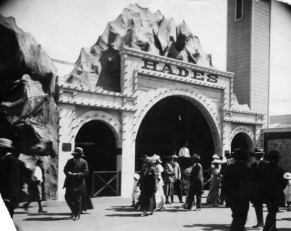 Kinney leased pier space to amusement business extraordinaire and partner, Ernest Pickering | Photo courtesy of Los Angeles Public Library