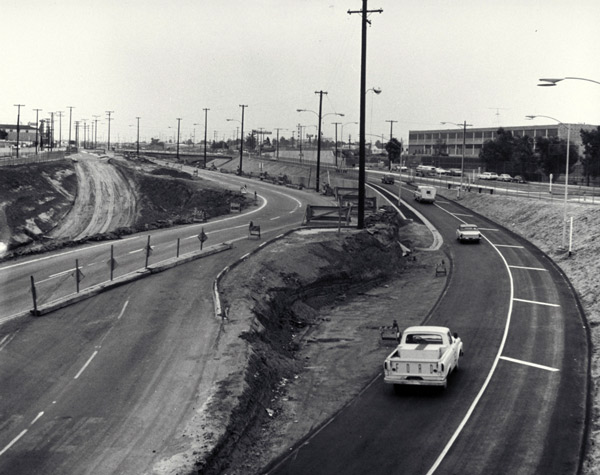 Olympic Boulevard is diverted in Santa Monica as grading and other work begins on the Santa Monica Freeway, circa 1964. Courtesy of the Santa Monica Public Library Image Archives.